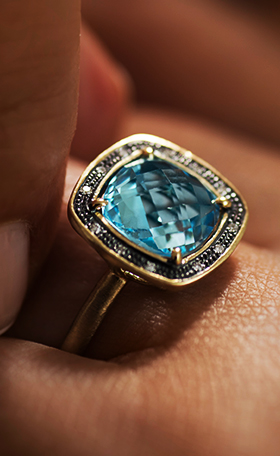 14K Gold Ring with Blue Topaz, Rodium and Diamonds